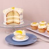 Мостра от Сватбена капкейк торта Лимонов крем