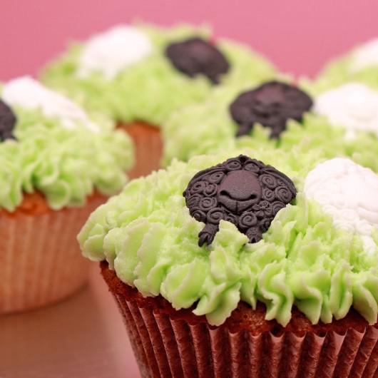 24 Гергьовденски кексчета в Супер Промо сет