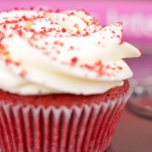 Cupcake set Velvet Dozen