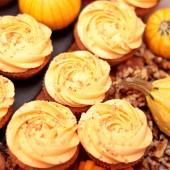 24 Pumpkin with Walnuts Cupcakes Promo Set