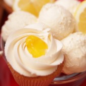 Lemon Crème Cupcake
