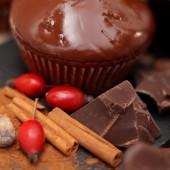 Vegan Muffin Bio Rosehip Marmalade, Cinnamon, and Chocolate