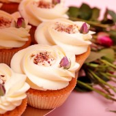 Wedding Rose Cupcake Set