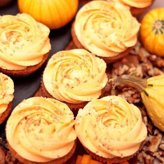 24 Pumpkin with Walnuts Cupcakes Super Promo Set