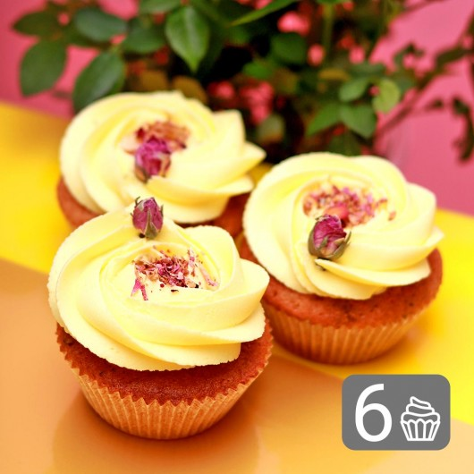 Bunch of Rose Cupcakes for Palm Sunday