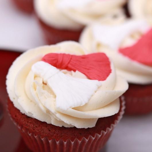 6 Red Velvet Cupcake Martenitsi