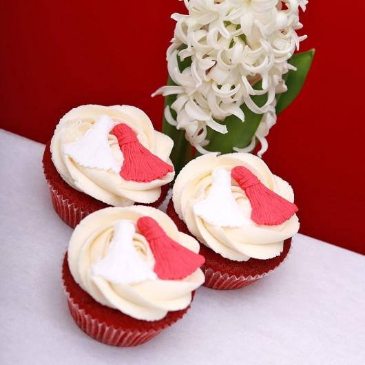 Red Velvet Cupcake Martenitsa