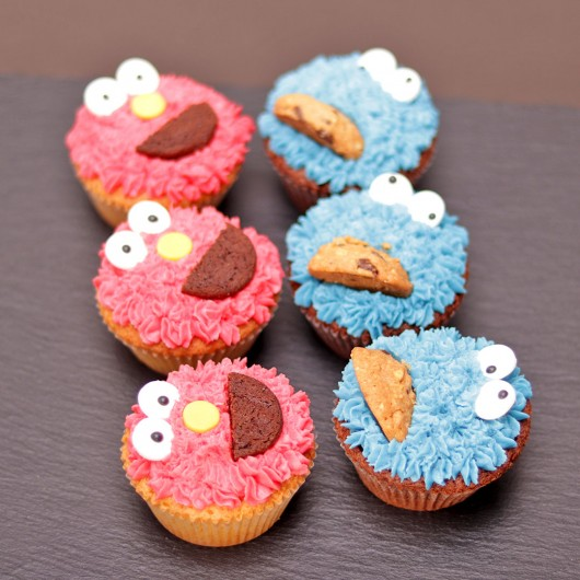 Elmo and Cookie Monster Cupcake Set