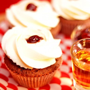 Cherry in liquor Cupcake
