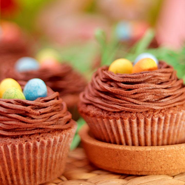24 Великденски кексчета в Супер Промо сет от Take a Cake