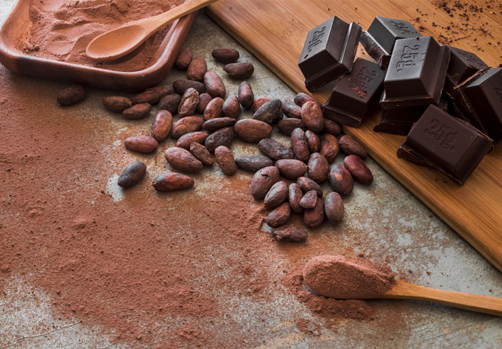 Какаови зърна, какао на прах и шоколад