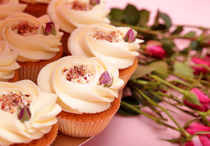Сватбени Капкейк рози от Take a Cake